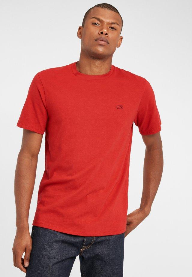 TEES S/SLV OLD SCHOOL - T-shirt basique - haute red
