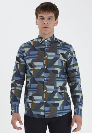 Camisa - smoke pine