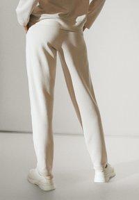 Massimo Dutti - Tracksuit bottoms - beige - 5
