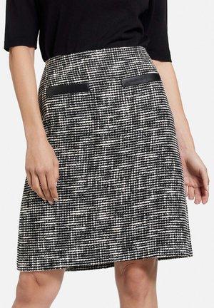MIT BICOLOROPTIK - A-line skirt - schwarz/ecru/weiss gemustert