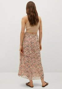 Mango - FALDA PLISAD - Maxi skirt - crudo - 2