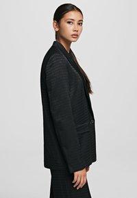 KARL LAGERFELD - CAMEO  - Krátký kabát - black - 3