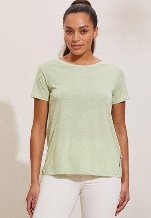 DAPHNE - Print T-shirt - secret green