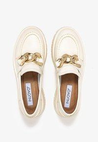 Inuovo - Scarpe senza lacci - beige - 4