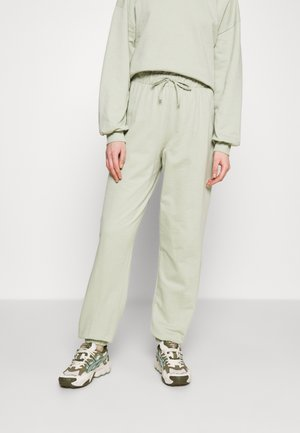 VMCARMEN PANT - Pantaloni sportivi - desert sage