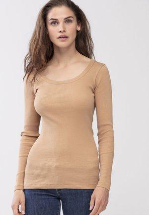 Undershirt - macadamia