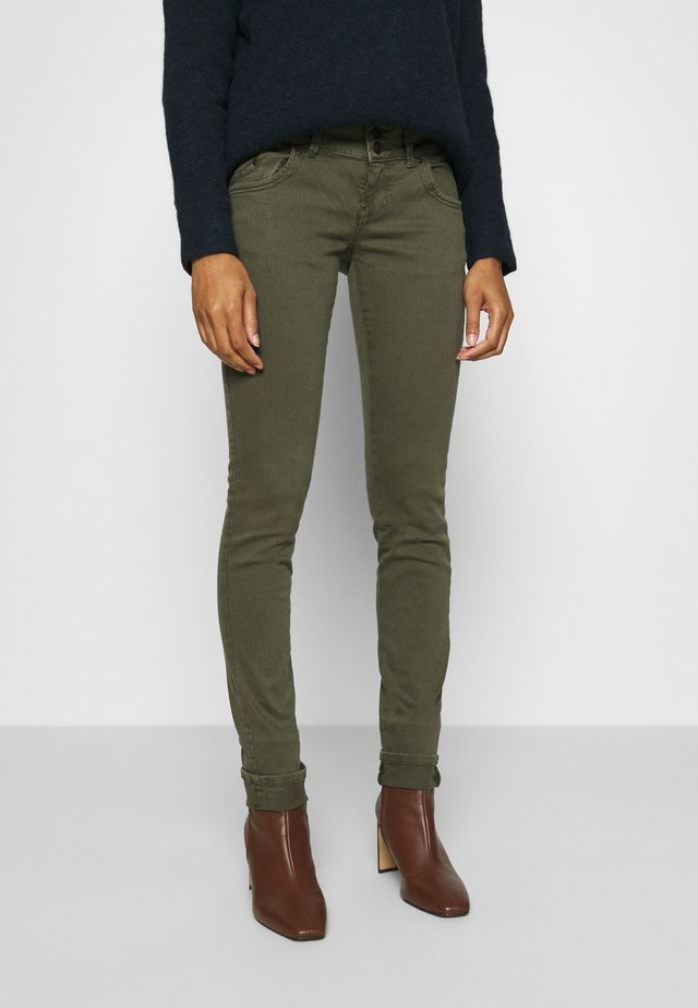 MOLLY - Jean slim - olive night wash