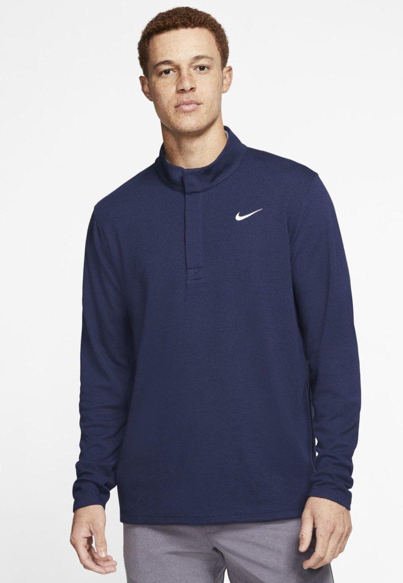 Nike Golf - NIKE DRI-FIT VICTORY HERREN-GOLFOBERTEIL MIT HALBREISSVERSCHLUSS - Funkční triko - dark blue