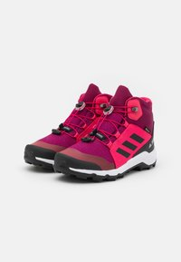 adidas Performance - TERREX MID GTX UNISEX - Hiking shoes - power berry/core black - 1