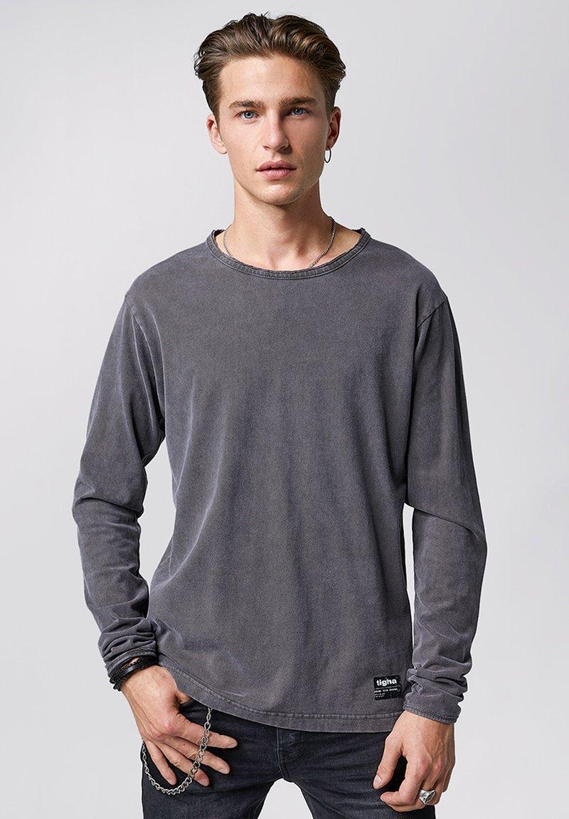 Tigha - JONAH - Long sleeved top - vintage stone grey
