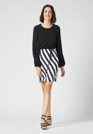 Jersey dress - bianco nero