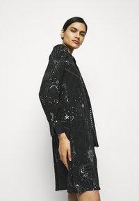 RIANI - Denní šaty - black - 3