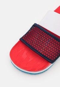 adidas by Stella McCartney - ASMC LETTE - Chanclas de baño - vivid red/collegiate navy/storm blue - 5
