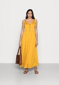 NAF NAF - PALERME - Denní šaty - moutarde - 1