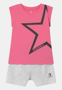 Converse - STAR CHEVRON RUFFLE SET - Print T-shirt - converse pink - 0