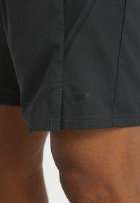 Nike Performance - DRY SHORT - Pantalón corto de deporte - black/black/black - 5