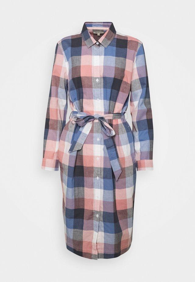 TERN CHECK DRESS - Sukienka koszulowa - oyster pink