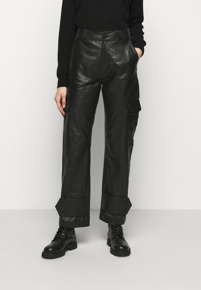 DUNDER TROUSER - Trousers - black