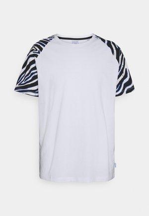 JORLARS TEE - T-shirt med print - white