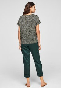 s.Oliver BLACK LABEL - Basic T-shirt - brown aop - 2