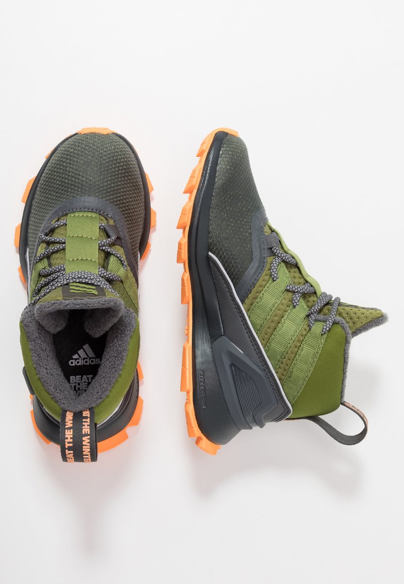 adidas Performance - RAPIDARUN ATR - Trekkingboot - grey six/tech olive/flash orange