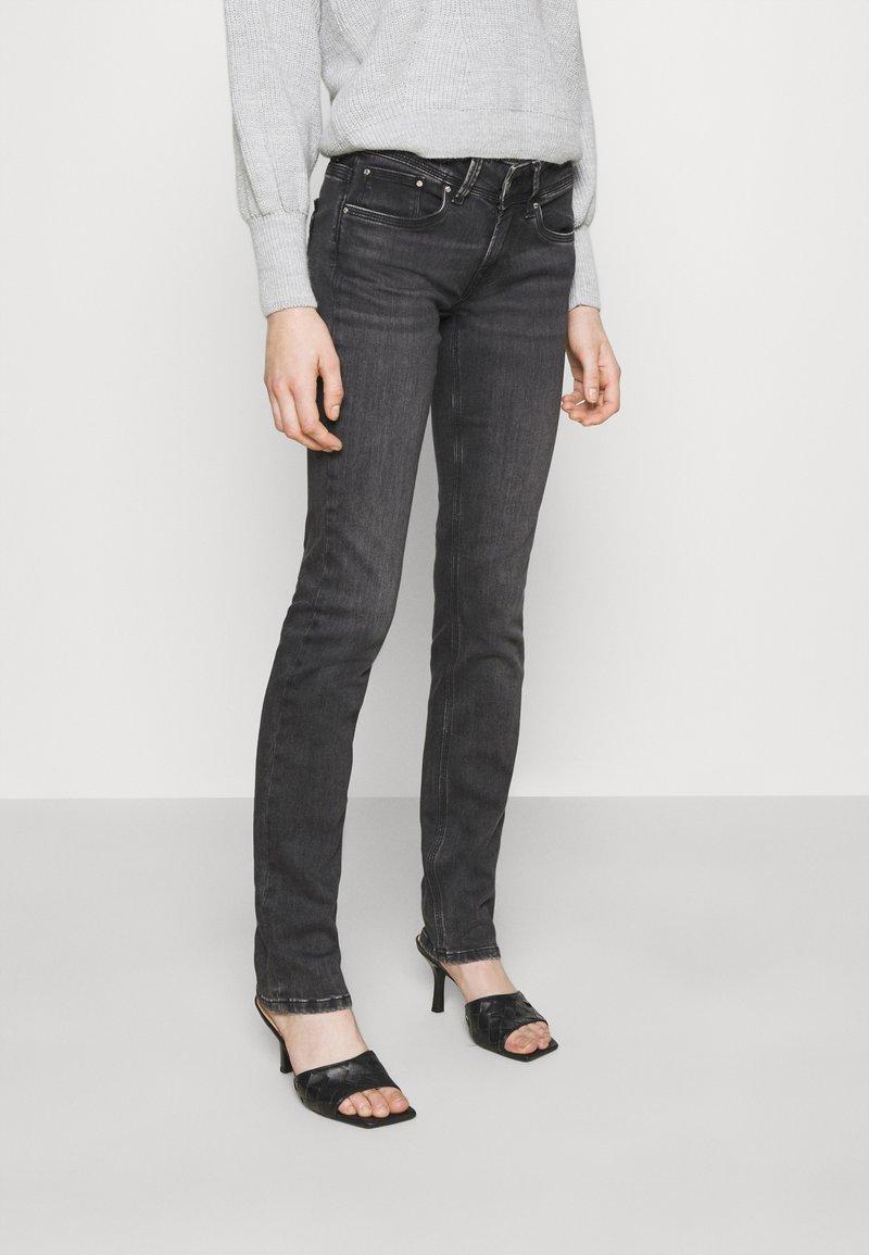 Pepe Jeans - SATURN - Džíny Straight Fit - black denim
