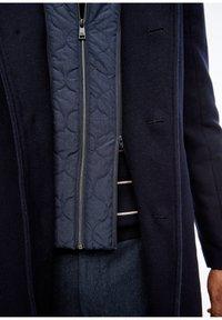 s.Oliver BLACK LABEL - STEHKRAGEN - Halflange jas - dark blue - 5