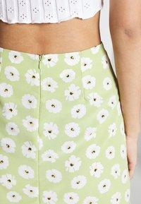 Glamorous - CARE NOTCH SKIRTS - Mini skirt - olive green - 5