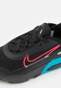 Nike Sportswear - AIR MAX2090 UNISEX - Zapatillas - black - 5