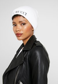 Fiorucci - BEANIE WITH EMBROIDERED LOGO - Berretto - white - 3
