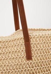 Vero Moda - VMSISSO BEACH BAG - Tote bag - creme brûlée - 5