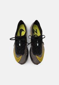 Nike Performance - ZOOM FLY 3 - Obuwie do biegania treningowe - black/opti yellow/white - 3