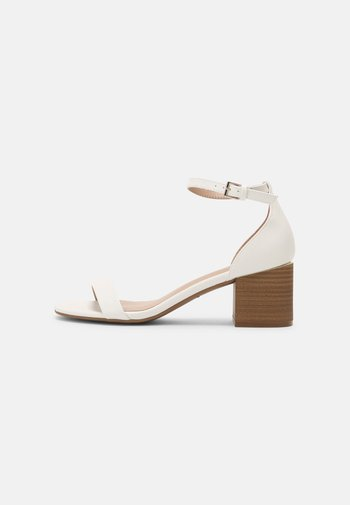 MAKENZIE - Bridal shoes - white