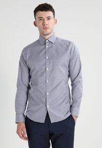 Selected Homme - SLHSLIMNEW MARK - Zakelijk overhemd - dark navy/white - 0