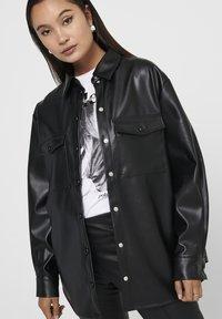 ONLY - ONLRUMA  - Button-down blouse - black - 2
