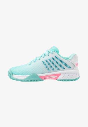 HYPERCOURT EXPRESS 2 HB UNISEX - Multicourt tennis shoes - aruba blue/white/soft neon pink