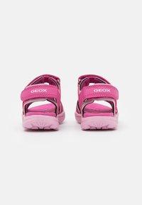 Geox - VANIETT GIRL - Chodecké sandály - fuchsia/pink - 2