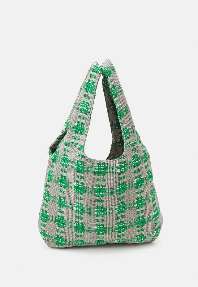 PATIA SHOPPER TOTE - Shoppingveske - golf green