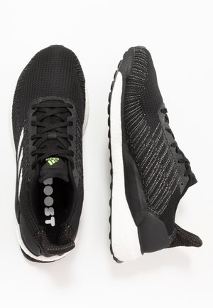 SOLAR BOOST 19 - Neutral running shoes - core black/footwear white/signal green