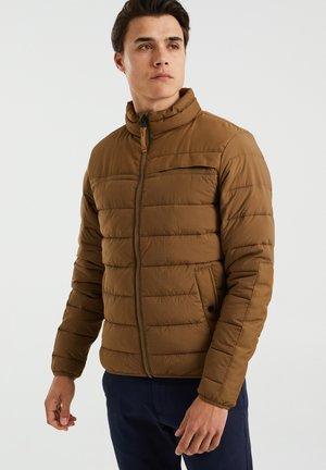 GEWATTEERDE WATERAFSTOTENDE - Winter jacket - khaki