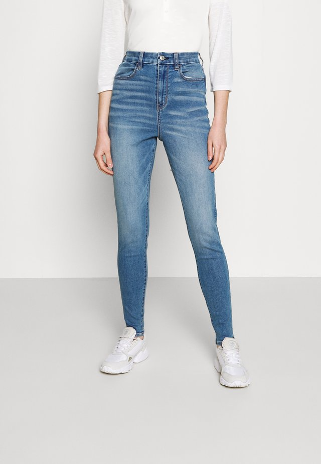 CURVY HIGHEST RISE - Jeans slim fit - starburst blue