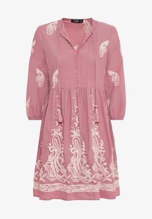 Day dress - rosenquarz