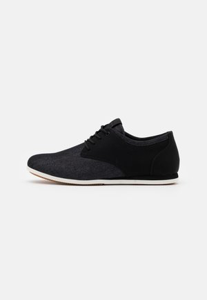 AAUWEN - Volnočasové šněrovací boty - black