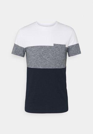 CUTLINE - T-shirt med print - sky captain blue