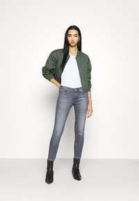 Tommy Jeans - SOPHIE - Jeans Skinny Fit - midnight grey - 1