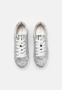 Tamaris - Trainers - silver glam - 5
