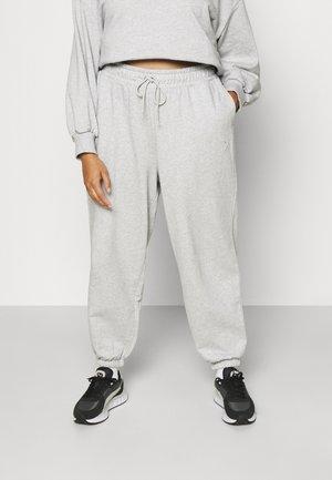 CLASSICS RELAXED JOGGER - Pantalones deportivos - light gray heather