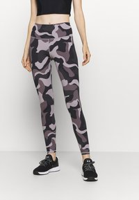 Under Armour - RUSH CAMO LEGGING - Punčochy - slate purple - 0