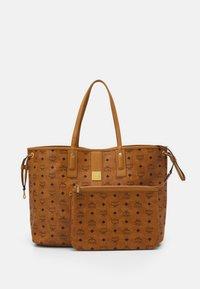 MCM - SHOPPER PROJECT VISETOS SET - Handbag - cognac - 4