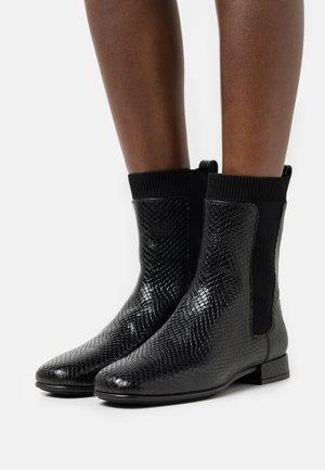 ENBO - Støvletter - django black